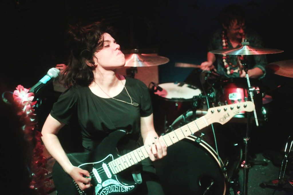 screaming females at downbeat